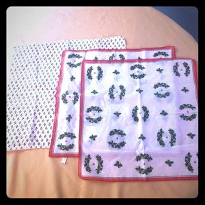 Other - Used Set of 3 Christmas napkin/ linens, fair cond